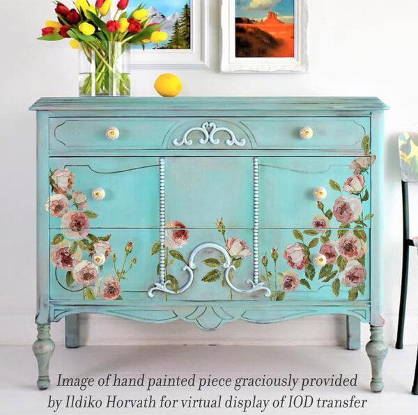 Painterly floral on Ildiko small 600x596 - My Shabby Chic Corner - Prodotti Iron Orchid Designs - IOD
